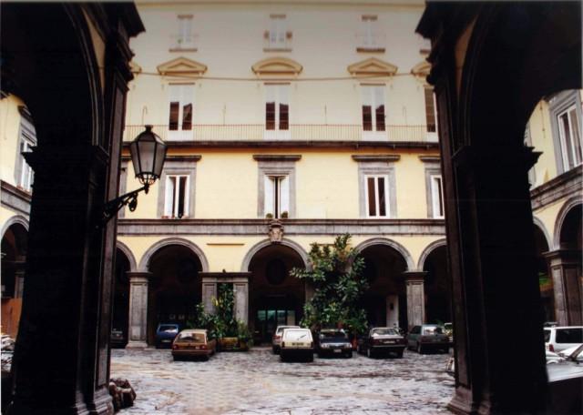 Borse di studio per studi storici e letterari anni60news for Istituto italiano