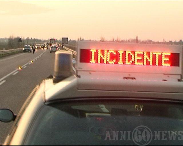 Taranto: Falsi incidenti stradali, 144 indagati